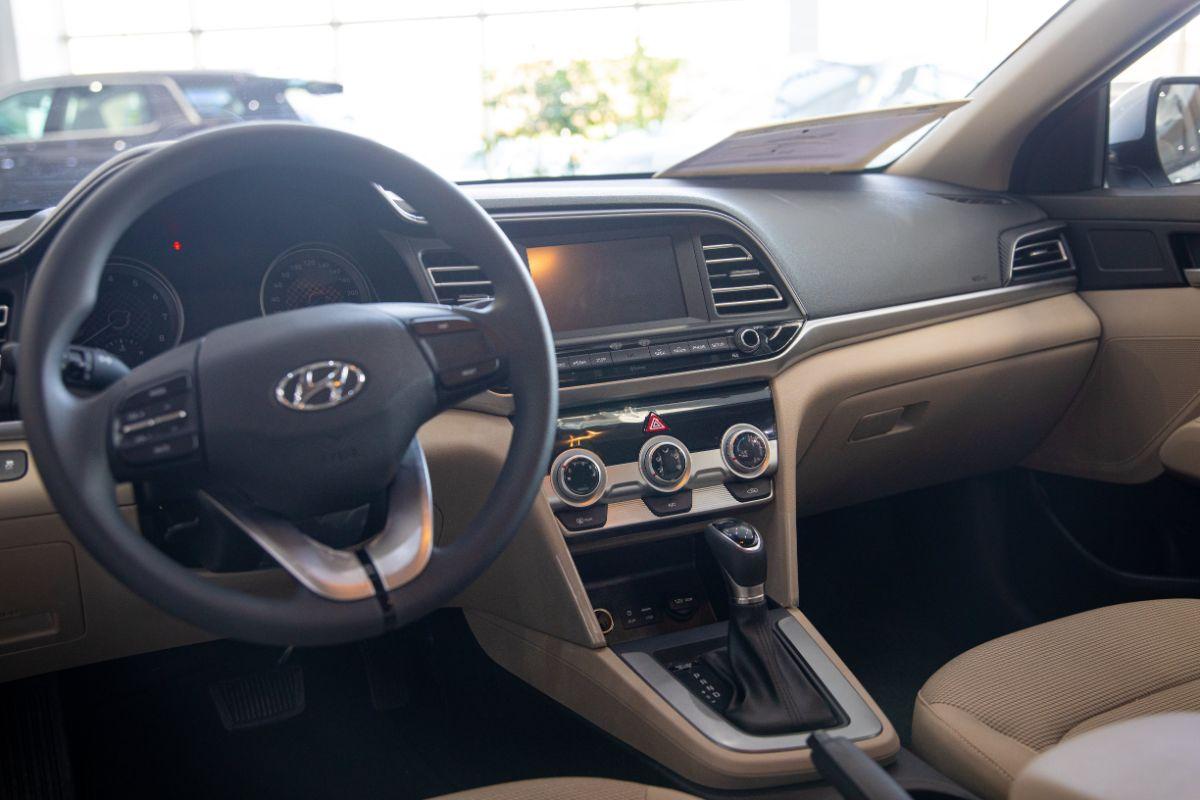 هيونداي النترا 2020 المعلومات والمواصفات والمميزات Hyundai Elantra المربع نت